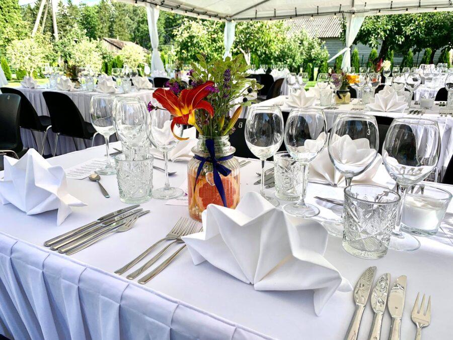 7.08.2021 Perekond Valkude Veiniklubi: Viiekäiguline õhtusöök Torrese veinidega